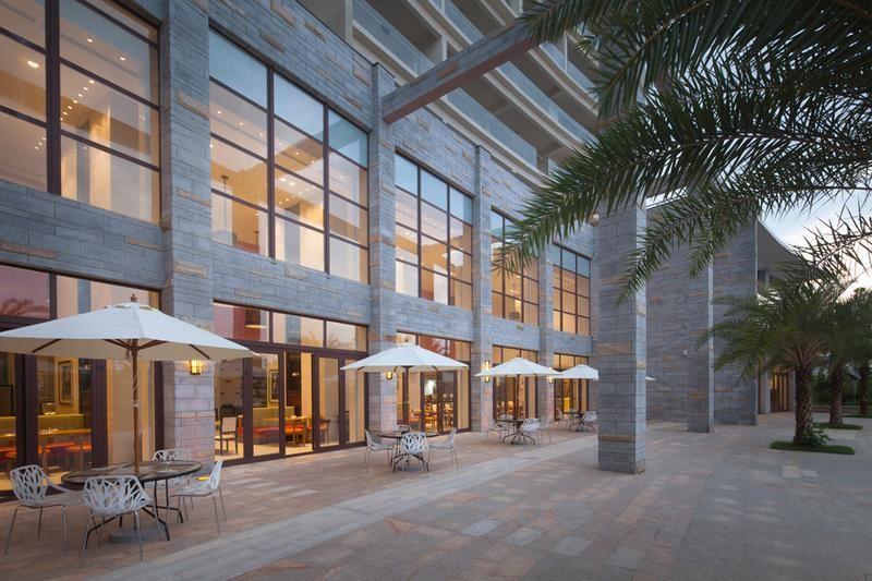 Aloha Oceanfront Suite Resort _18