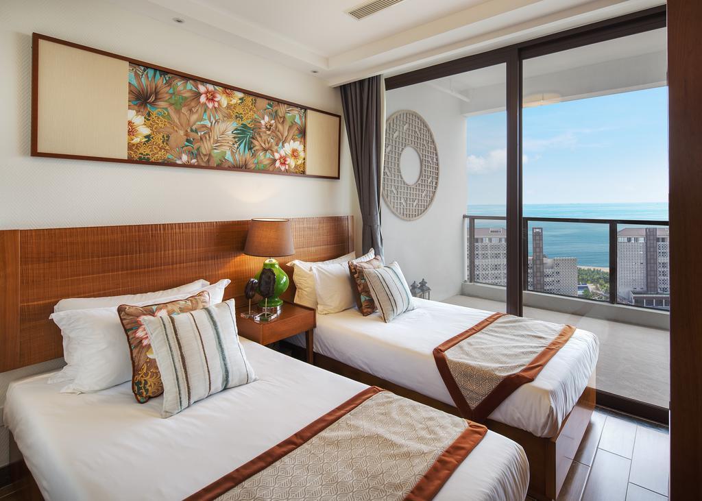 Aloha Oceanfront Suite Resort _6