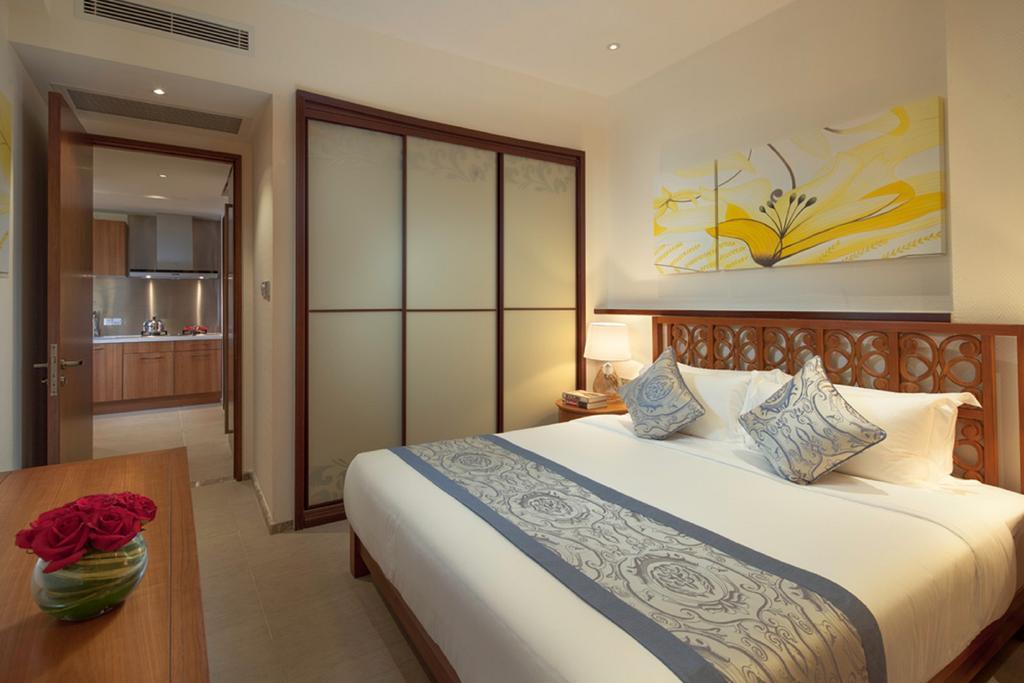 Aloha Oceanfront Suite Resort _7